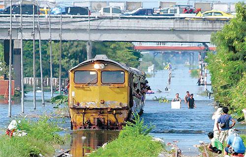Déluge à Bangkok le 23 octobre 2011