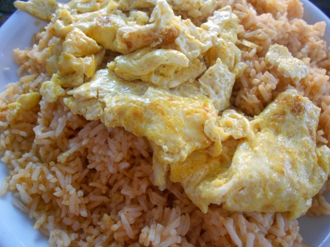 Omelette avec porc émincé sur riz ข้าวไข่เจียวหมูสับ