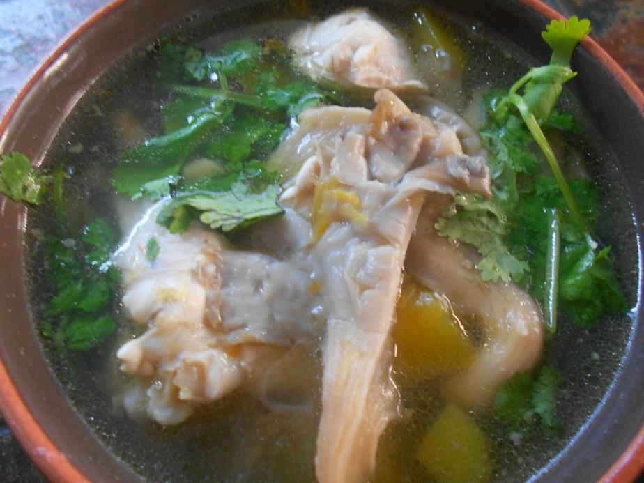 Soupe à la citrouille et champignons  แกงฟักทองไก่เห็ด